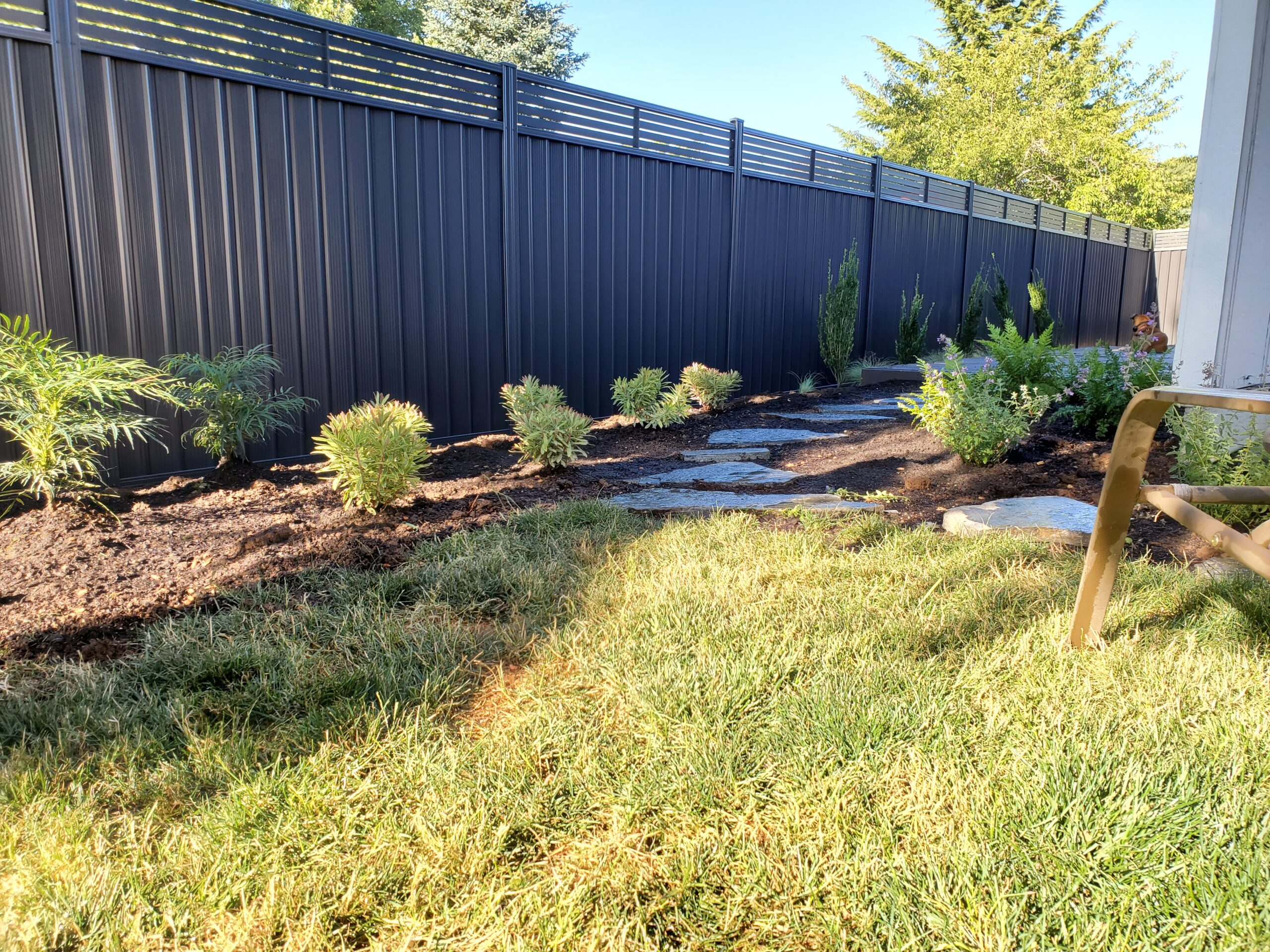 Shubs With Durabond Grey Fence